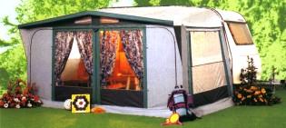 Přístřešky karavanů
